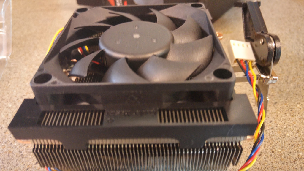 amd-fx8350-retail-heatsink-fan