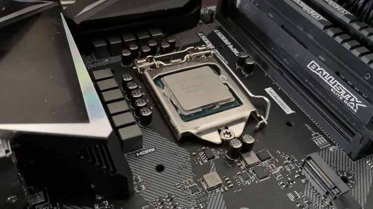 Intel I9-9900K vs Ryzen 7 2700X with an RTX 2070 GPU RedGamingTech